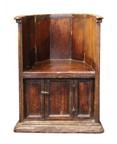 """Rare """"Sedile a Pozzetto"""" seat"""