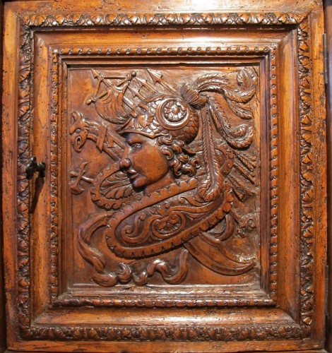 Renaissance armoirette frontage -
