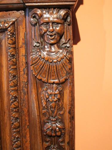 Antiquités - Renaissance armoirette frontage
