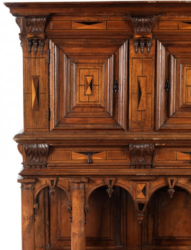 French Second Renaissance walnut dresser - Furniture Style Renaissance