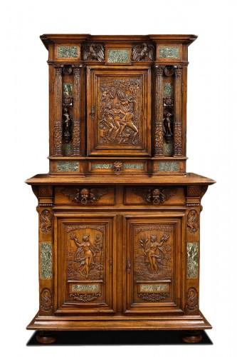 Renaissance Fontainebleau Dresser