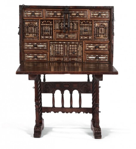 Mocable Bargueno cabinet with its original stand