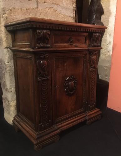 Antiquités - Renaissance mobiletto
