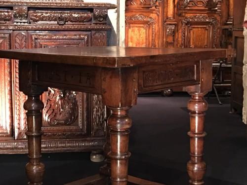 """Renaissance walnut table """"Treaty of Fleix"""" label -"""