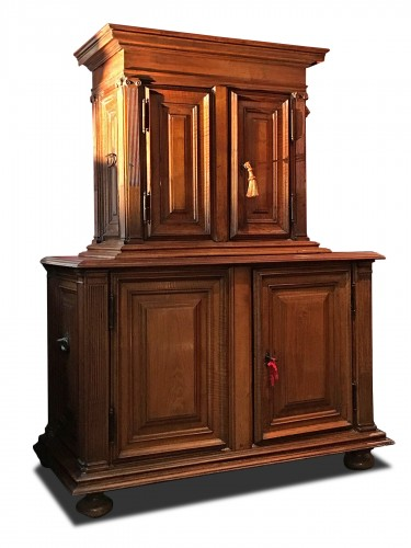 Small Renaissance Henri II Cabinet