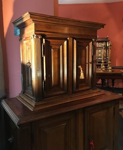 Small Renaissance Henri II Cabinet -