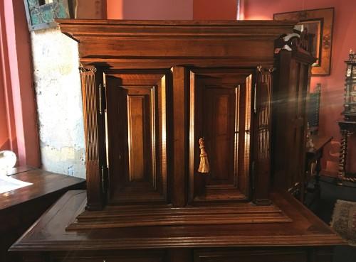Small Renaissance Henri II Cabinet - Renaissance