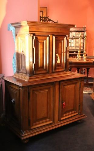 Antiquités - Small Renaissance Henri II Cabinet
