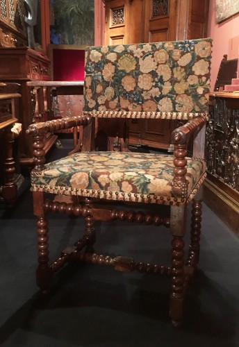 Louis XIII Armchair - Seating Style Louis XIII