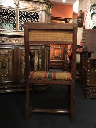 A Henri II Chair with its original seat cover - Renaissance