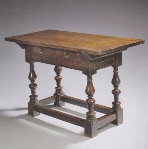 Small italian table - Furniture Style Renaissance