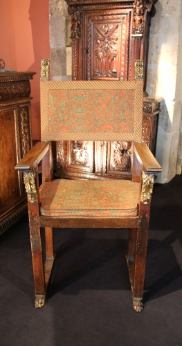 Large armchair with plumage -