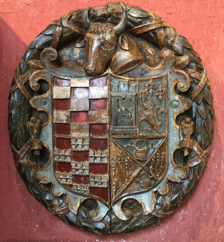 Sculpture  - Exceptional carved wood coat-of-arms
