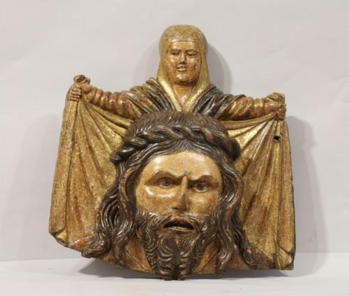 Sculpture  - Wooden bas-relief of Ste Veronica holding her veil