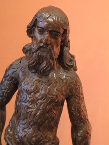 <= 16th century - Wood sculpture representing a wild man