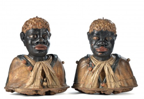 Rare pair of polychrome wood busts of Moors - Sculpture Style