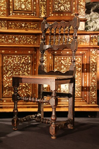 Italian chair of the 17th century - Seating Style