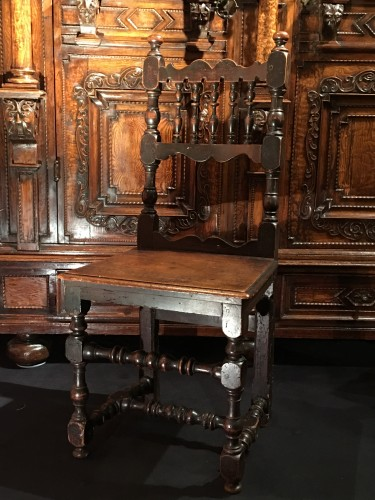 Seating  - Italian chair of the 17th century