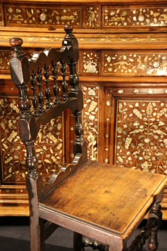Antiquités - Italian chair of the 17th century