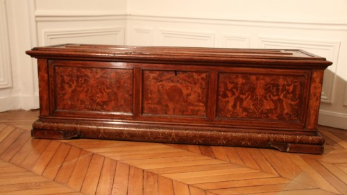 Furniture  - Renaissance venetian cassone