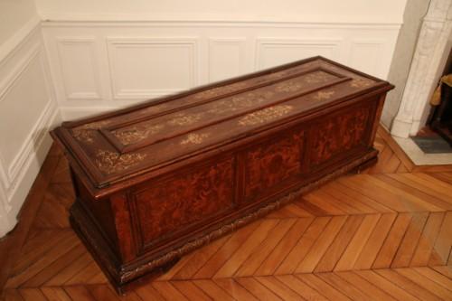 <= 16th century - Renaissance venetian cassone
