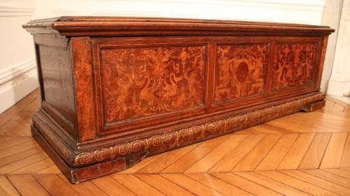 Antiquités - Renaissance venetian cassone