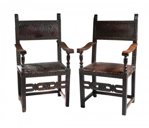 Pair of italian Renaissance armchairs
