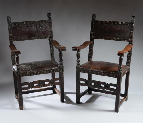 Seating  - Pair of italian Renaissance armchairs