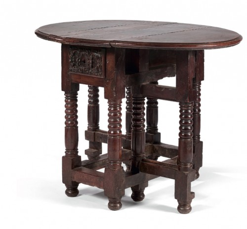 Small spanish drop-leaf table - Furniture Style