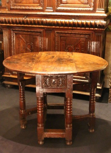 - Small spanish drop-leaf table