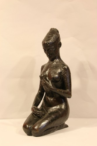 Sculpture  - Woman on her knees, - Hélène Guastalla  (1903-1983)