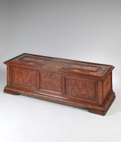 Renaissance venetian cassone - Furniture Style Renaissance