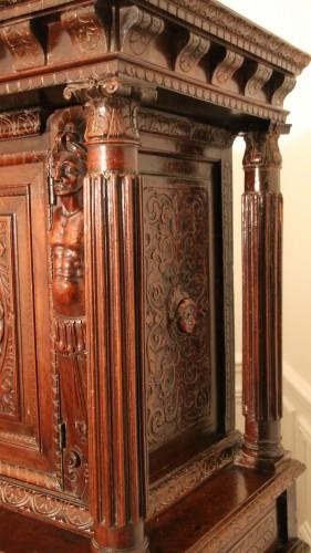 Burgundian Renaissance cabinet depicting the four evangelists -