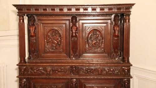 Burgundian Renaissance cabinet depicting the four evangelists - Renaissance