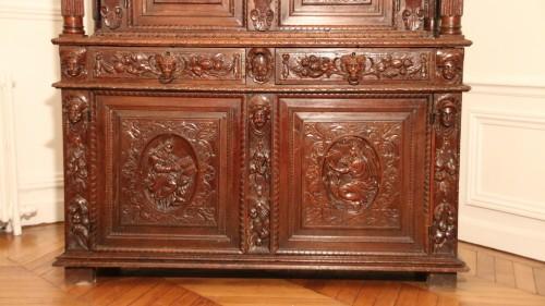 Renaissance - Burgundian Renaissance cabinet depicting the four evangelists