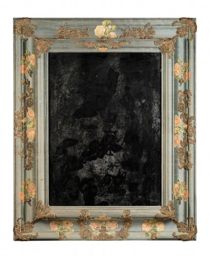Large mirror covered in blue cloth and 16th century italian embroidery