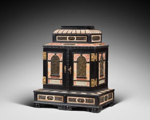 Furniture  - Scagliola florentine cabinet