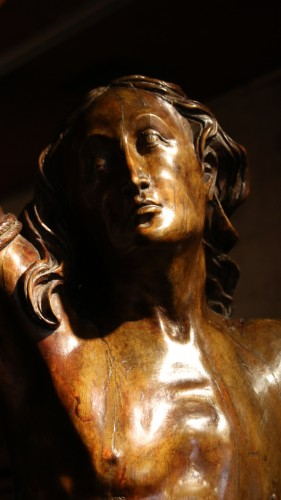 Carved wood Saint Sebastian - Sculpture Style