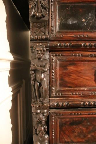 Italian Renaissance Bambocci chest from Genoa -