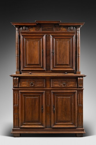 Red walnut Renaissance two-bodies cabinet - Furniture Style Renaissance