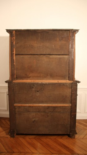 <= 16th century - Red walnut Renaissance two-bodies cabinet
