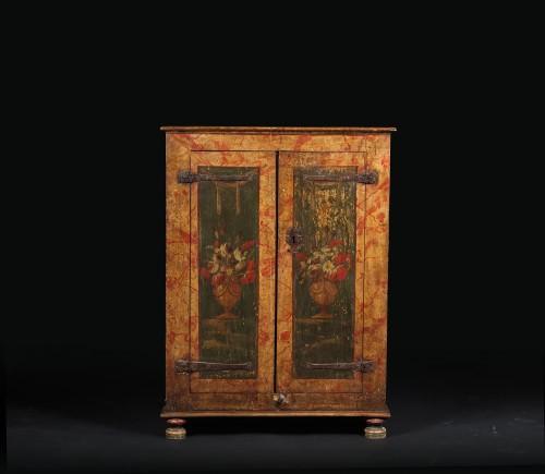 Small spanish polychrome cabinet -