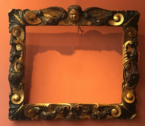 Rare partly gilt carved wood frame - Decorative Objects Style Renaissance