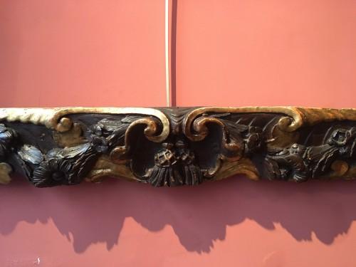 Antiquités - Rare partly gilt carved wood frame