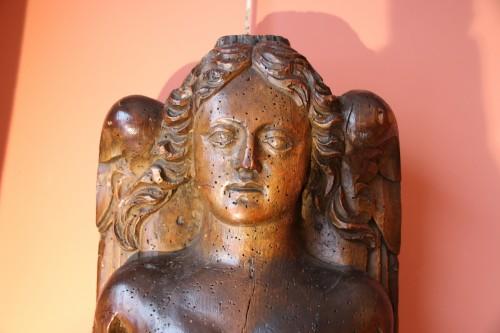 <= 16th century - Carved wood bracket depicting a mermaid