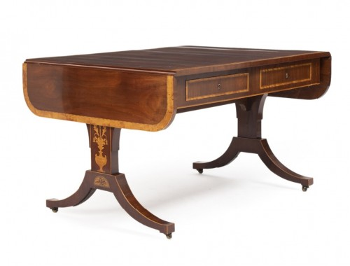 Neo-classical Writing table Damenark,1840  light mahogany  - Furniture Style Restauration - Charles X