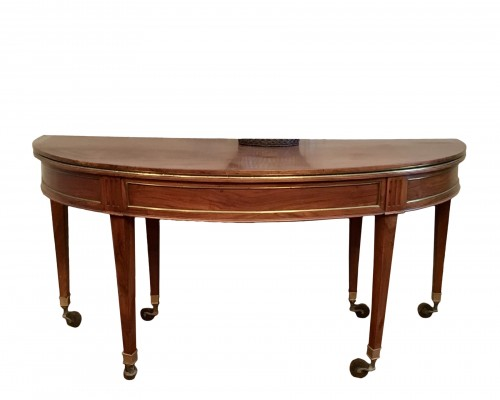 Directoire table in walnut