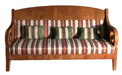 Russian Sofa light mahogany, circa 1840