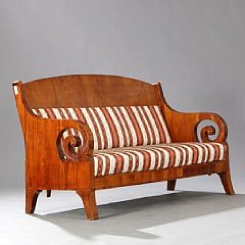 Russian Sofa light mahogany, circa 1840 -