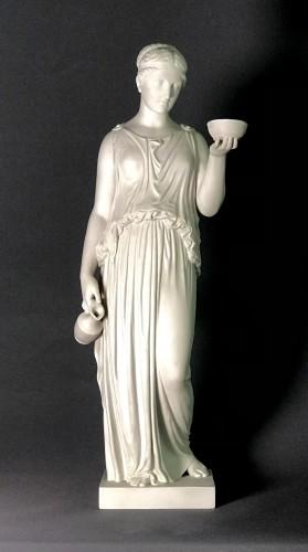 """Large Biscuit after Thorvaldsen, """"HEBÉ"""" Servante des Dieux - Porcelain & Faience Style Napoléon III"""